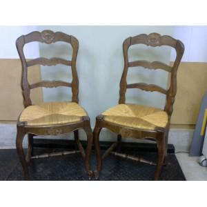 Chaises en bois x2