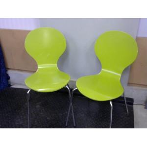 Lot de 2 chaises vertes