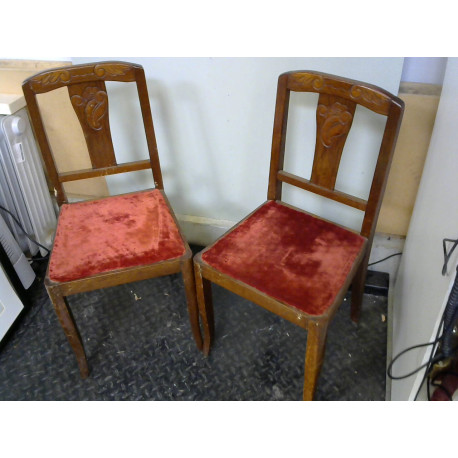 Lot de 2 chaises en bois assise velours rouge