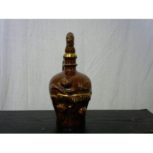 Pichet à calvados avec bouchon figurine